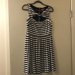 Betsey Johnson Black & White Striped Dress, 12